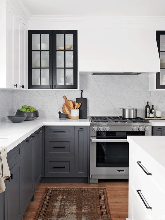 Ways to make your kitchen look bigger - contrasting cabinets
